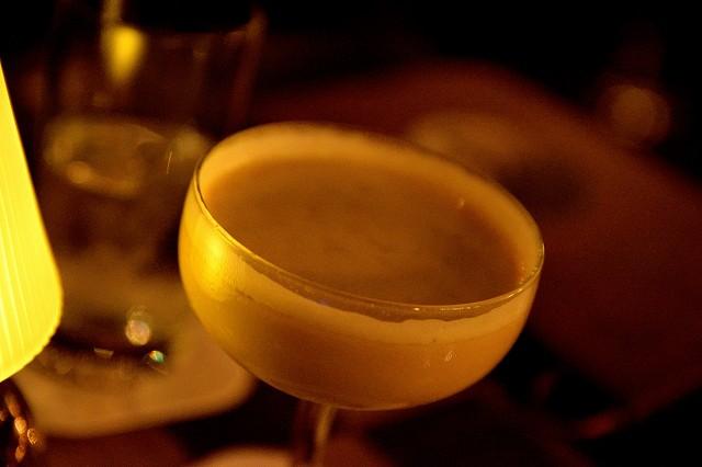 ディズニーシーでお酒の飲めるレストラン全18店舗エリア別紹介!